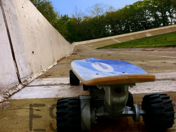 Evolve Boards mit Knog Lights